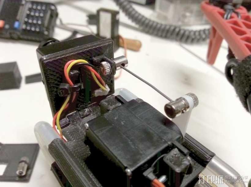 相机防振支架 3D模型  图1