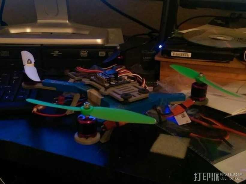 迷你180四轴飞行器 3D模型  图3