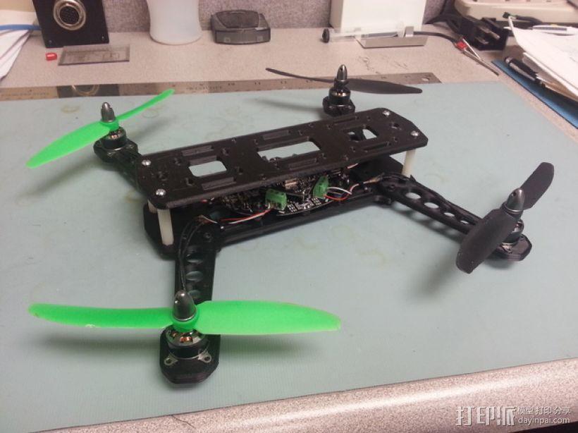 四轴飞行器 飞行控制器  3D模型  图1