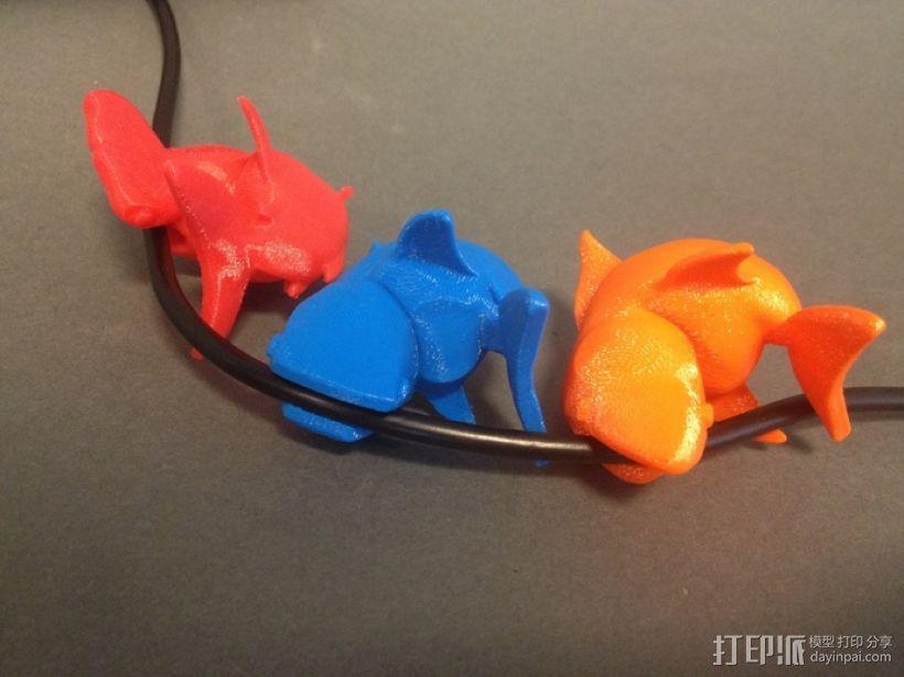 小鲨鱼 线缆夹 3D模型  图3