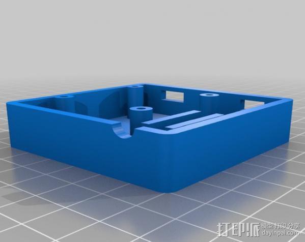 GPS和无线电小盒 3D模型  图3