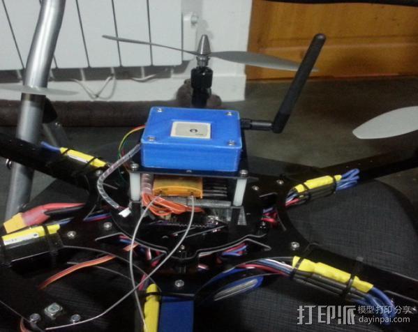 GPS和无线电小盒 3D模型  图5