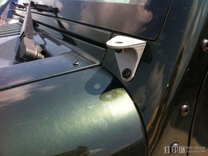 吉普车挡风玻璃雨刷支架 3D模型  图2