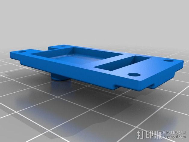 伺服器下端盖 3D模型  图4