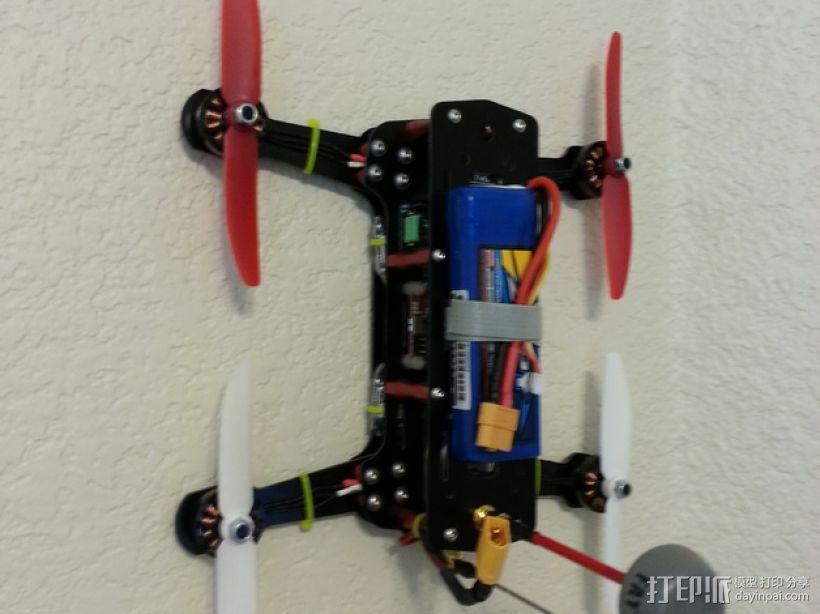 迷你四轴飞行器挂钩 3D模型  图1