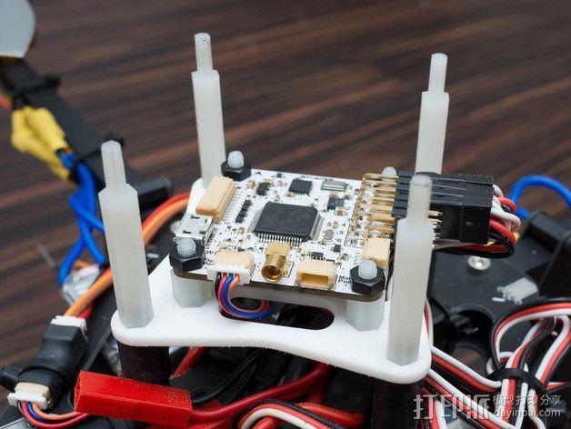 飞行控制器安装板 3D模型  图8