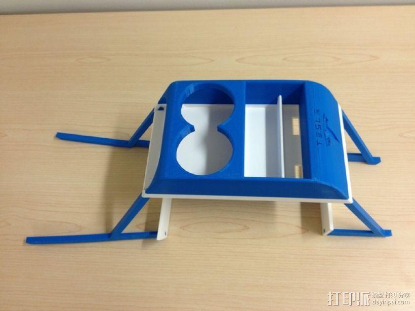 特斯拉电动汽车托架 3D模型  图2