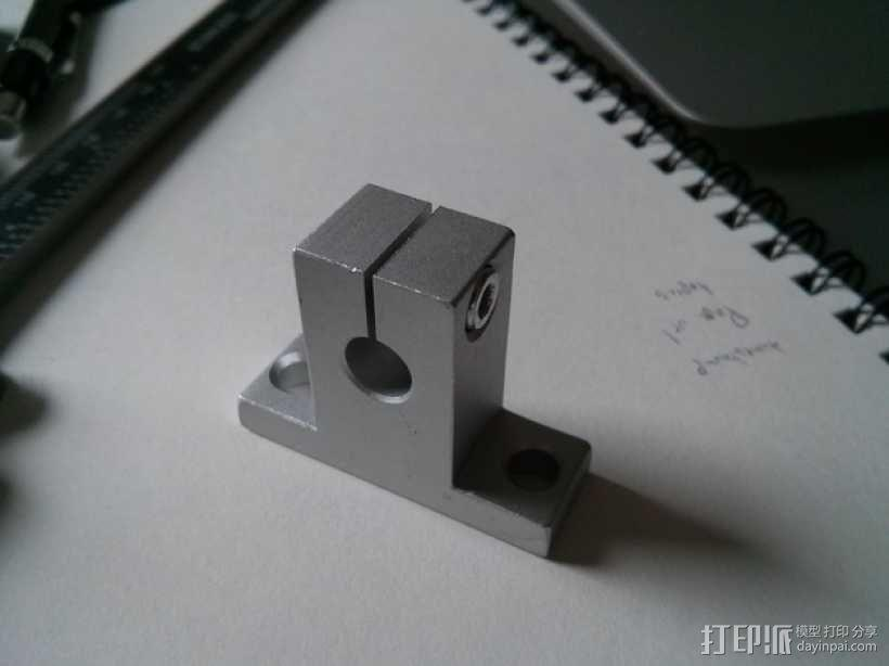 线性承轴支撑装置 3D模型  图1