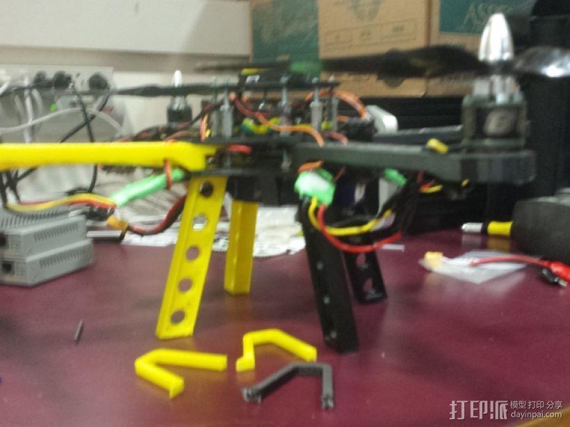 Crossfire四轴飞行器 中心起落架 3D模型  图1