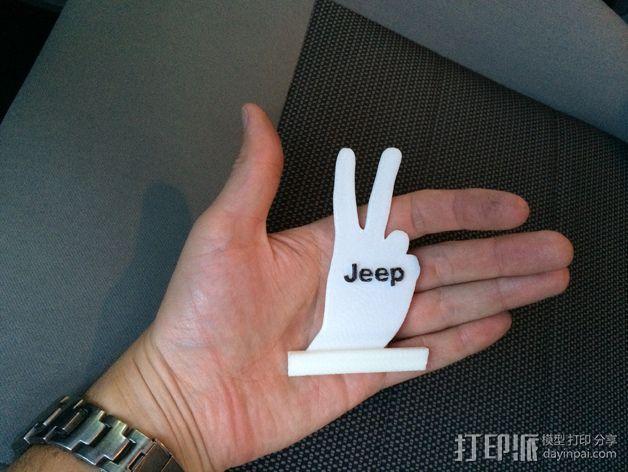 吉普车 v字形手势 装饰品 3D模型  图2