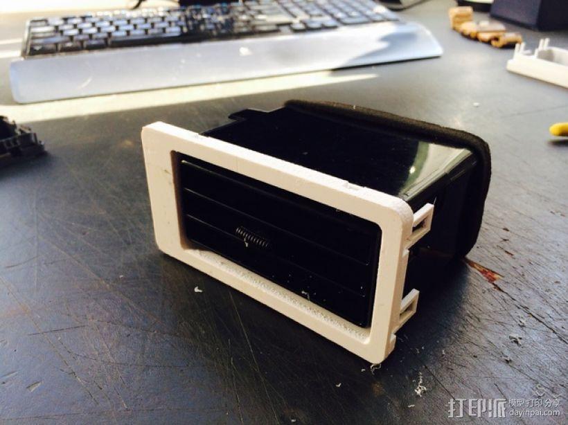 日产汽车 空调通风口塑料罩 3D模型  图1