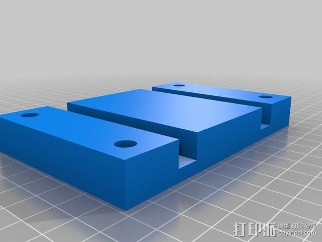 六轴飞行器 相机和电池底座 3D模型  图2