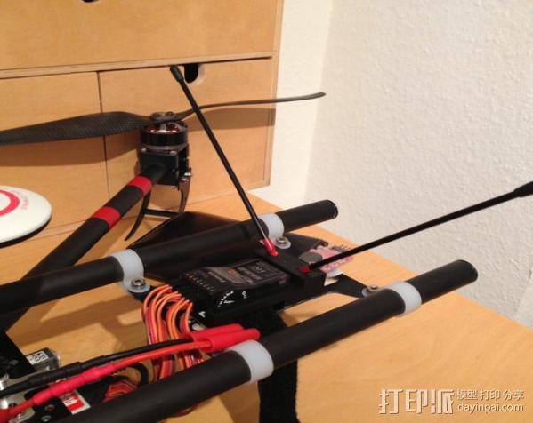 遥控飞机接收机外罩 3D模型  图3