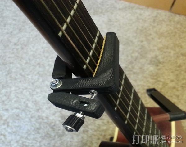 无弹性的吉他品柱 3D模型  图1