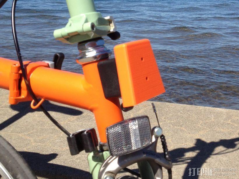 自行车载盖面 3D模型  图3