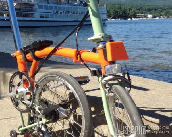 自行车载盖面 3D模型  图4