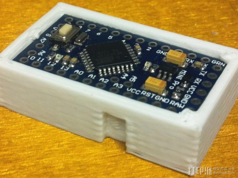 芯片板 3D模型  图1