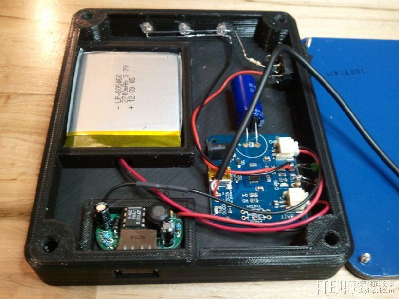 太阳能充电器 手电筒 3D模型  图2