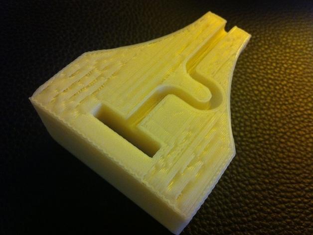 iPad/iPhone多功能底座 3D模型  图2