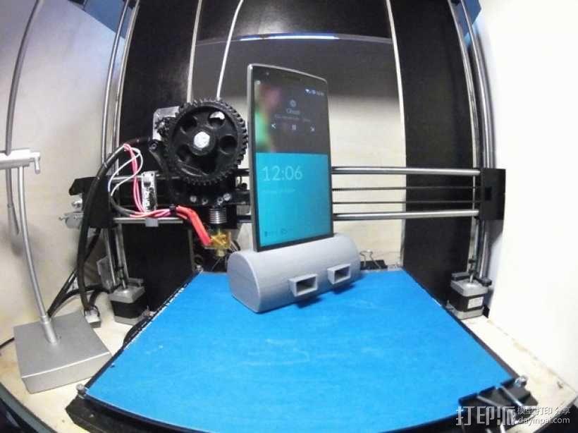 带USB插槽的手机支座  3D模型  图1