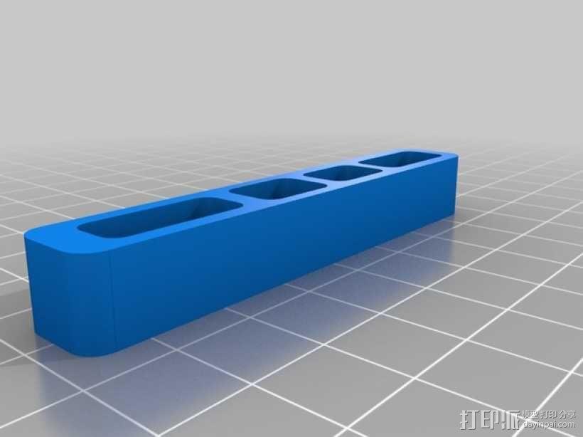 MacBook Pro苹果电脑组合插孔 3D模型  图3