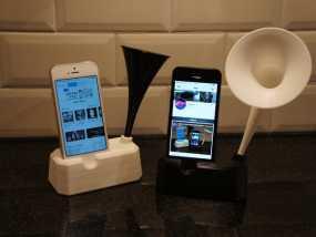 Iphone 4, 4S, 5 ,5s手机扩音器支架 3D模型