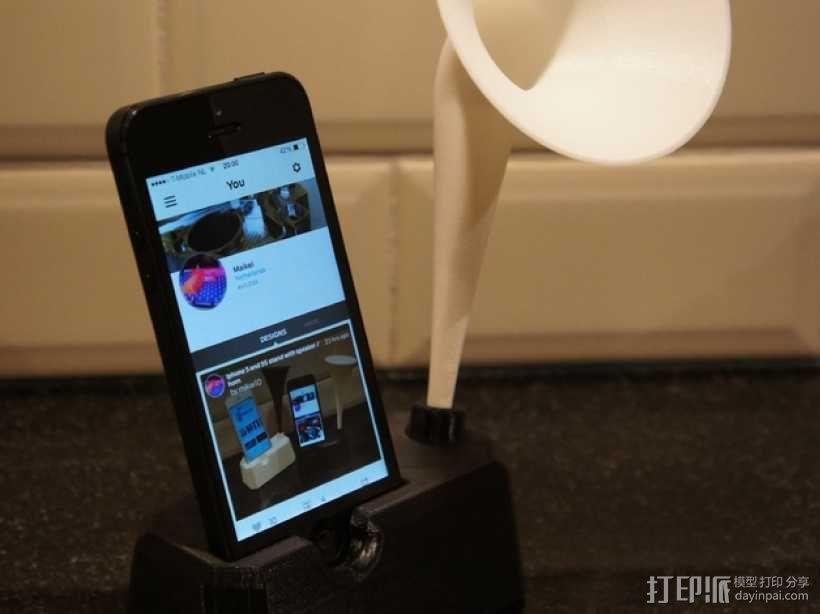 Iphone 4, 4S, 5 ,5s手机扩音器支架 3D模型  图3