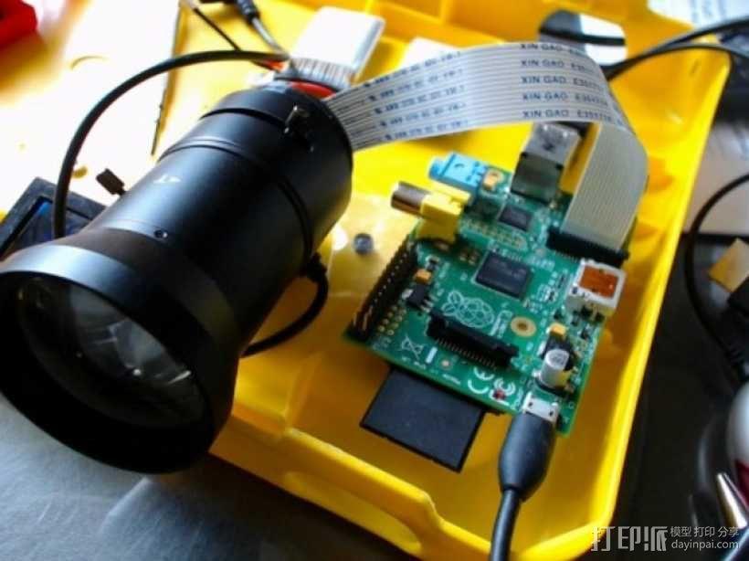 树莓派相机透镜支架 3D模型  图1
