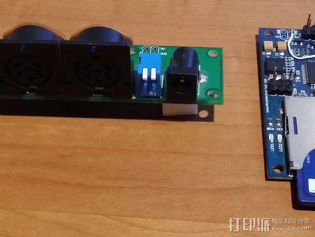 Commodore 64 & 128外盒 保护壳 3D模型  图10
