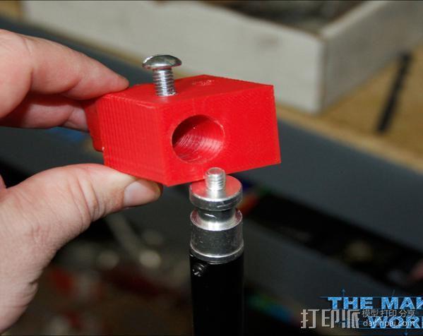 摄影反光伞固定器 3D模型  图5