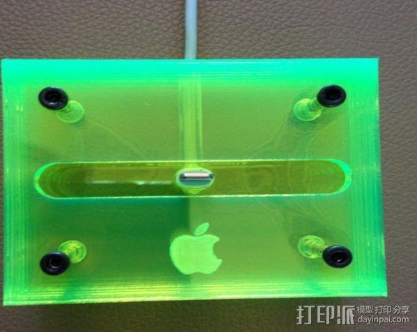 iPhone 5透明手机座 3D模型  图2