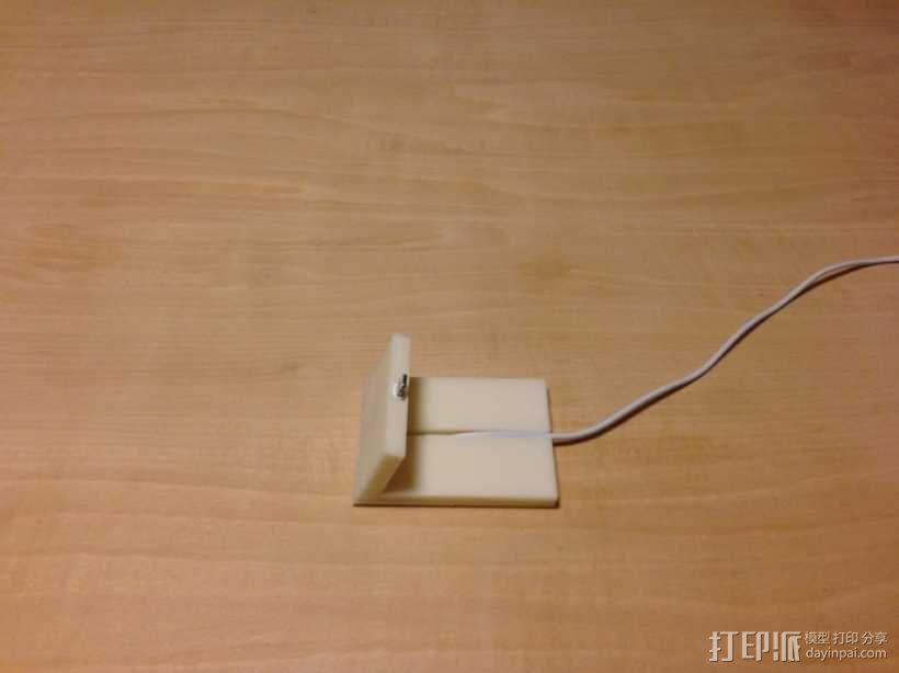 iPhone 5手机座 充电座 3D模型  图2