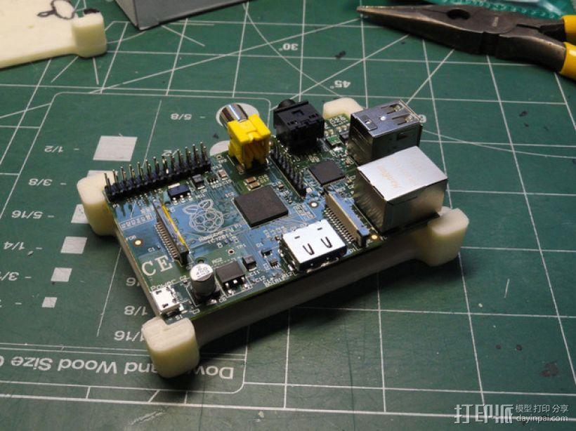 树莓派电路板保护框 3D模型  图3