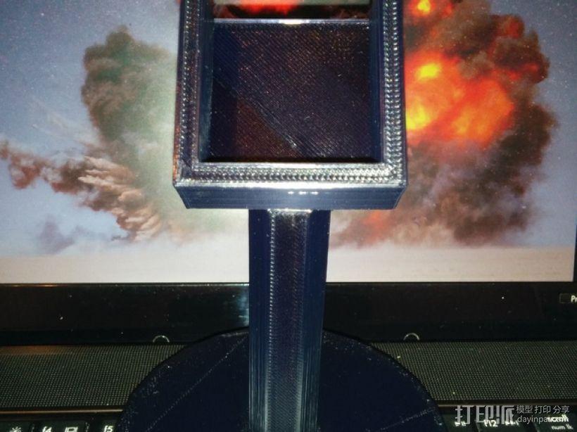 XBOX 360游戏机手柄桌面支架 3D模型  图4