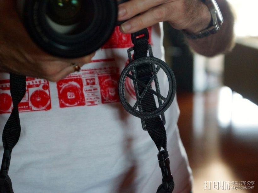 相机镜头盖盖扣 3D模型  图1