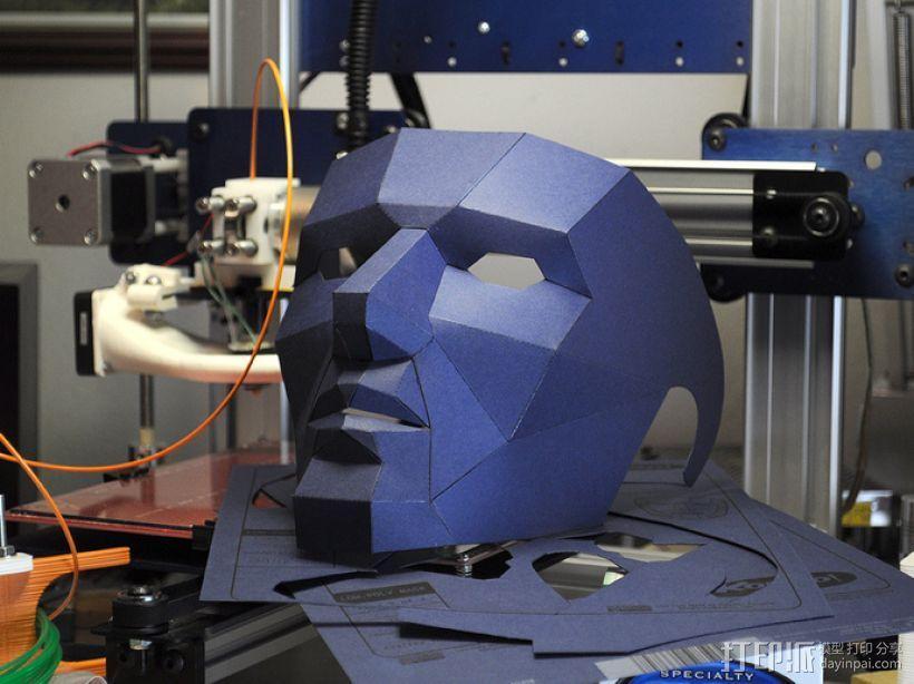 低面数多边形面罩 3D模型  图2