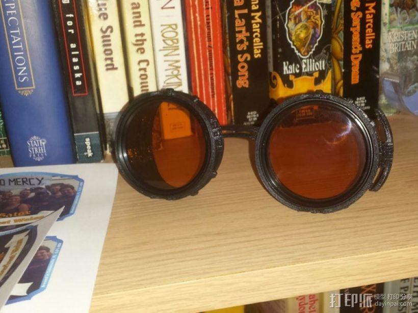 朋克风齿轮护目镜 3D模型  图1