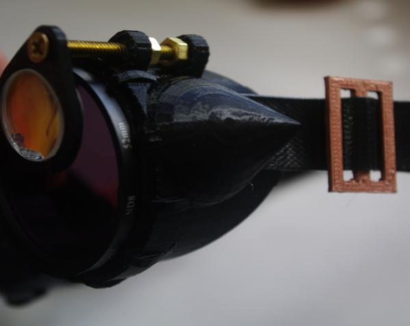 带有滤光镜功能护目镜 3D模型  图3