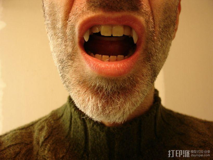 可伸缩的吸血鬼尖牙 3D模型  图3