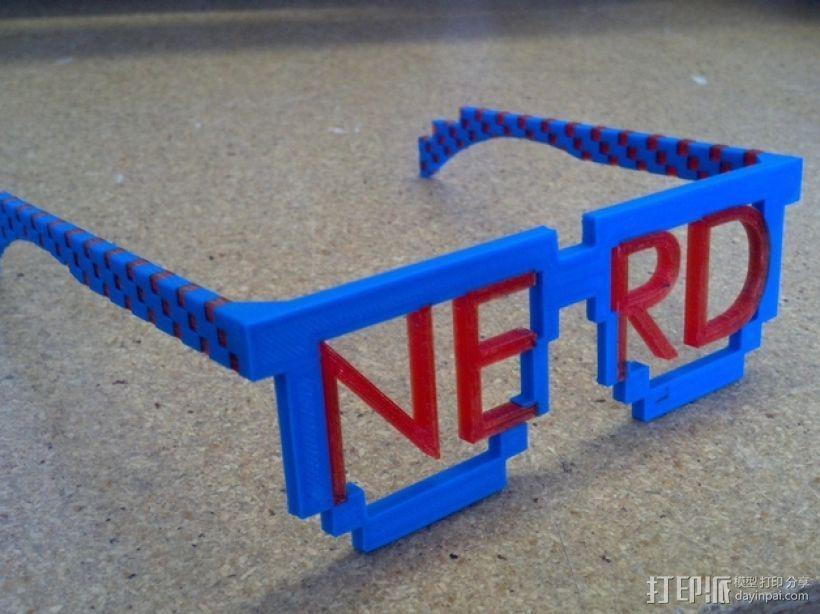 书呆子眼镜 3D模型  图1