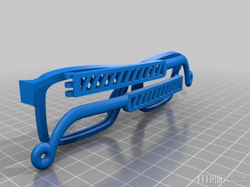 英式风眼镜 3D模型  图1