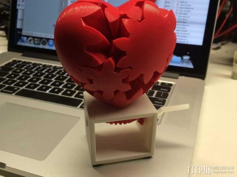 心形手动曲柄 3D模型  图1