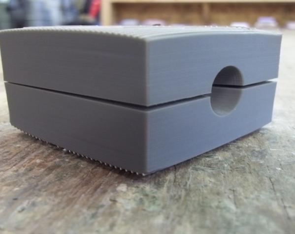 两半成型模具 3D模型  图2