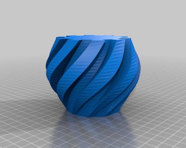 扭曲的齿轮花瓶 3D模型  图4