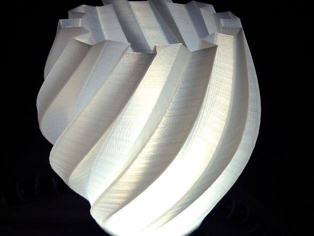 扭曲的齿轮花瓶 3D模型  图2