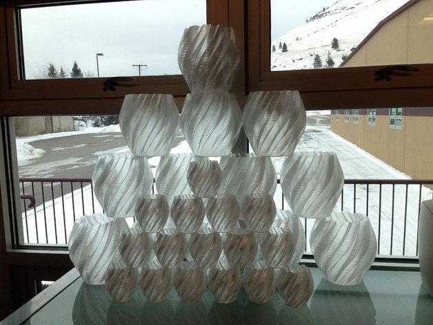 扭曲的齿轮花瓶 3D模型  图3
