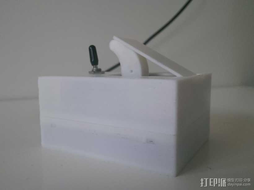硬件盒子 3D模型  图1