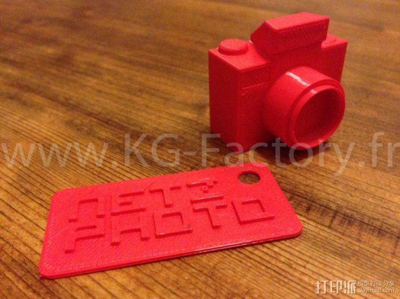 照相机钥匙链 3D模型  图1