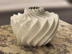 参数化波纹花瓶  3D模型