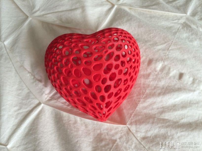 泰森多边形镂空桃心体 3D模型  图1